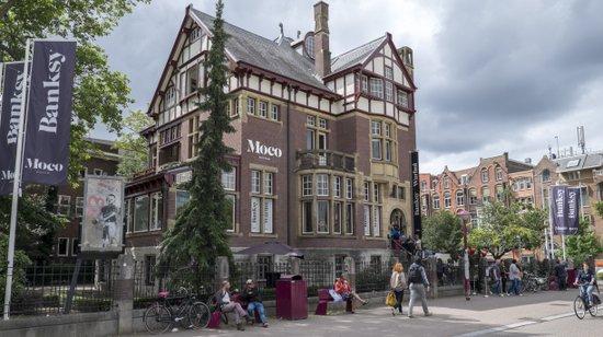 Amsterdam_Moco-museum-moderne-kunst