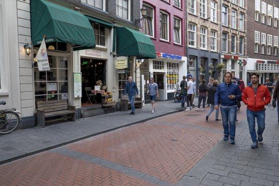 Amsterdam_Warmoesstraat