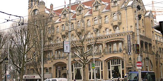 Amsterdam_american-hotel-amsterdam.jpg