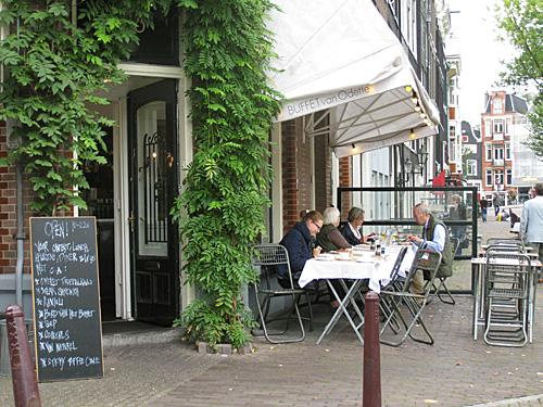Amsterdam_bufette_van_odette_(1).JPG