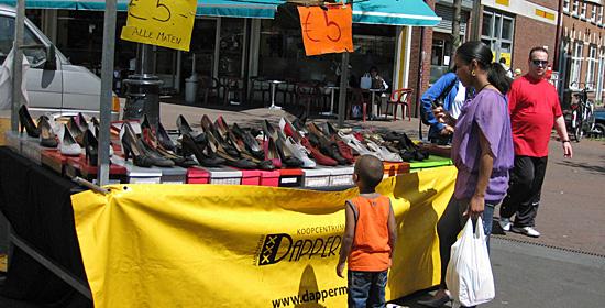 Amsterdam_dappermarkt.JPG