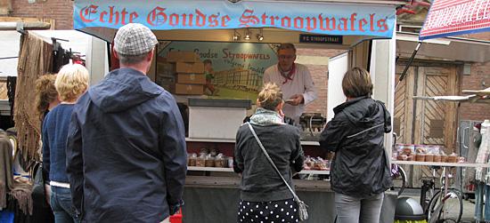 Amsterdam_stroopwafels-albert-cuypmarkt.jpg